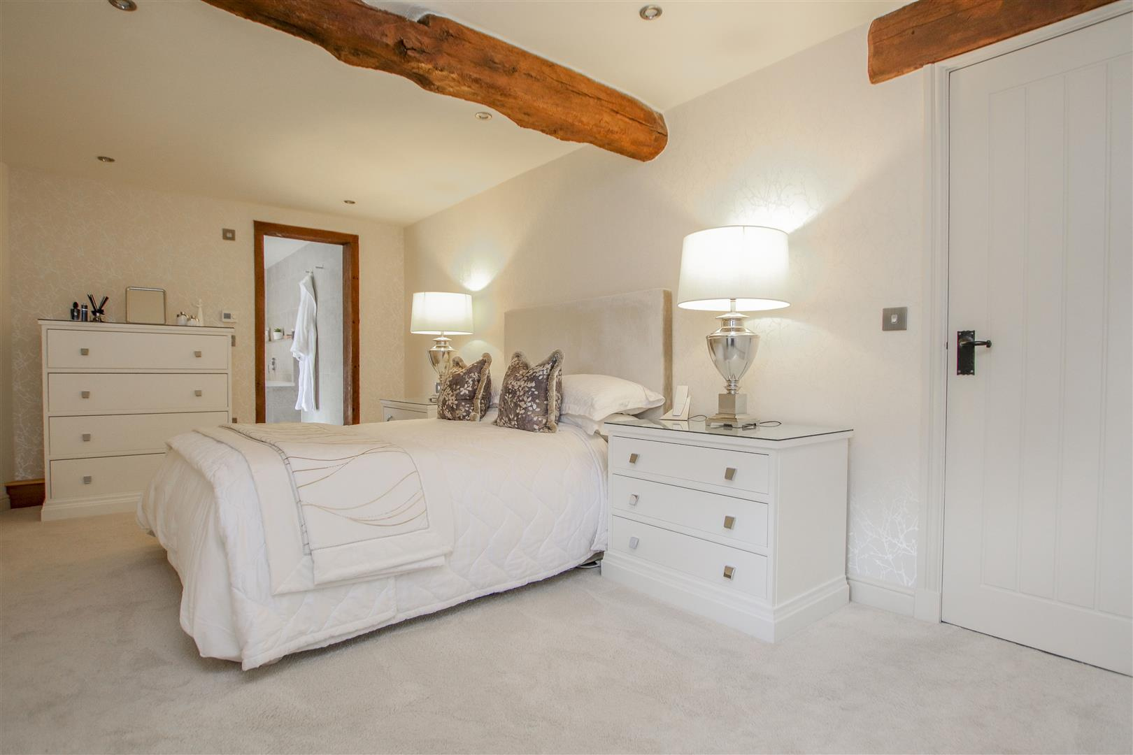 5 Bedroom Semi-detached House For Sale - 20.JPG